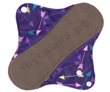 Дневные гигиенические прокладки Стрелы на фиолетовом